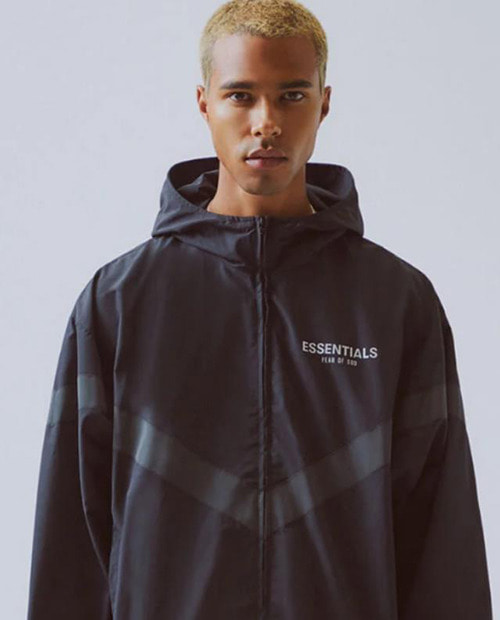 ESSENTIAL SCOTCH LOGO WINDBREAKER