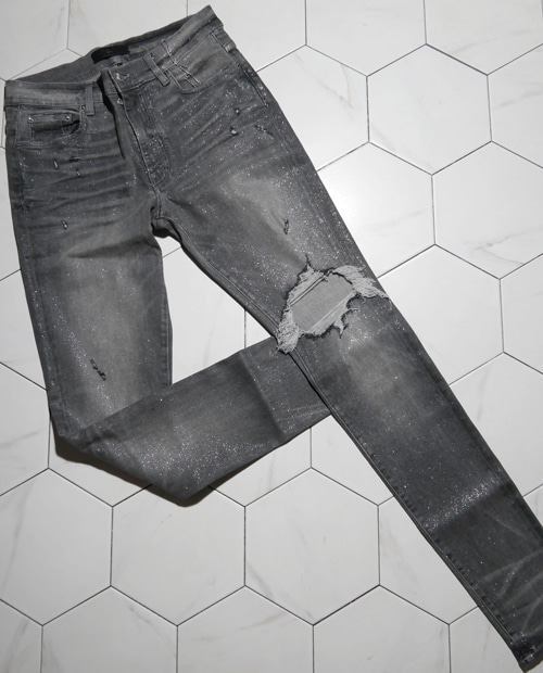 AMR KNEE DAMAGE JEANS