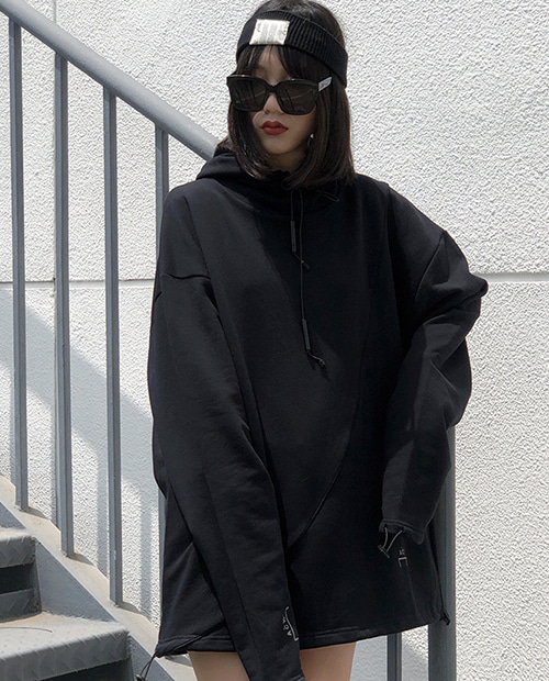 AW OVER FIT BACK PATCH HOODIE